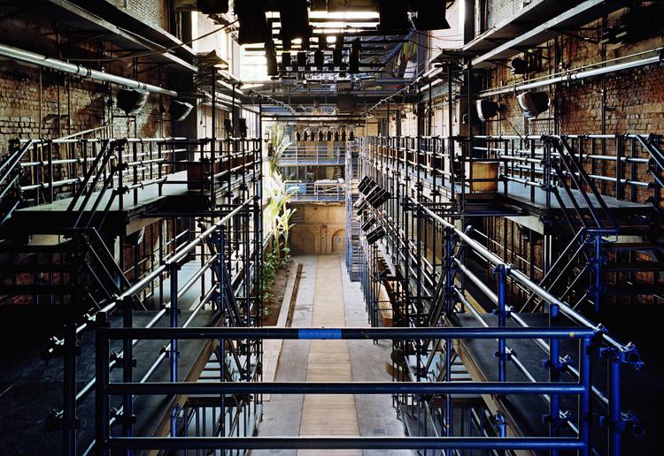 Projeto do Teatro Oficina de Lina Bo Bardi é eleito o melhor do mundo pelo The Guardian, Teatro Oficina, projetado por Lina Bo Bardi em 1991. Image © Nelson Kon