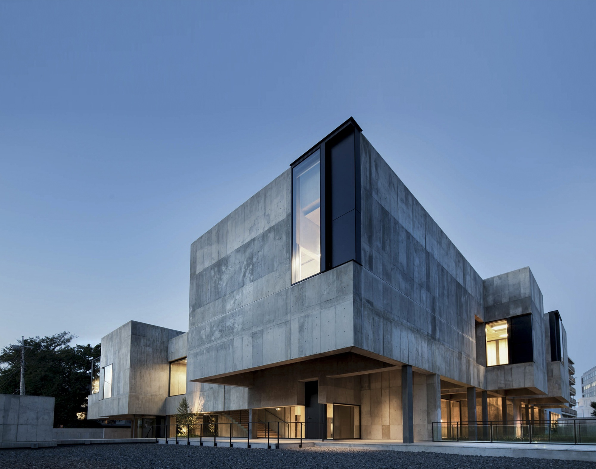Tohogakuen school of music nikken sekkei archdaily for Is architecture
