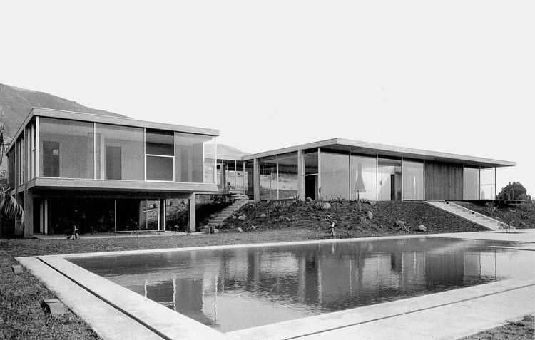 Clásicos de Arquitectura: Casa Chávez / Miguel Rodrigo Mazuré, Cortesía de Sharif Kahatt