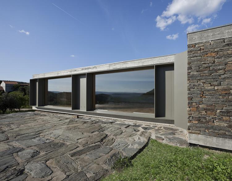 Casa en Castelo Melhor / Correia/Ragazzi Arquitectos, © Luis Ferreira Alves