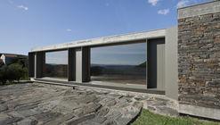 House in Castelo Melhor / Correia/Ragazzi Arquitectos