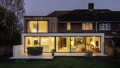 The Beckett House / Adam Knibb Architects