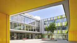 Laupheim School Extension  / Herrmann + Bosch Architekten