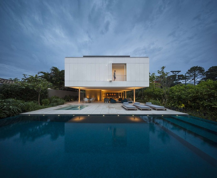 Casa Branca / Studio MK27 - Marcio Kogan + Eduardo Chalabi, © Fernando Guerra | FG+SG