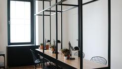 Salón de Belleza / Crosby Studios
