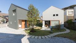 House in Kamakura Zaimokuza / Naoya Kawabe Architect & Associates