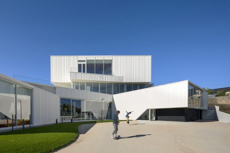Cultural Center in Baud / Studio 02, © Luc Boegly
