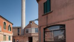Residential Building Refurbishment / Studio Macola