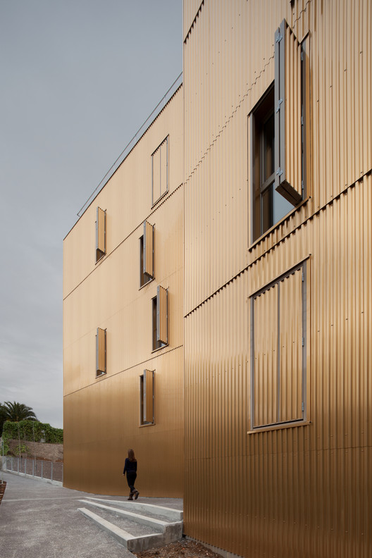 Habitação Social em Nice / COMTE et VOLLENWEIDER Architectes, © Milèle Servelle