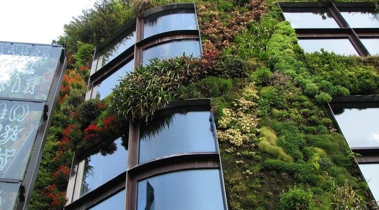 Todas as paredes podem ser vivas com o concreto verde, Fonte: <a href='https://creativecommons.org/licenses/by-sa/3.0/'>Wikimedia</a> commons / Musée du Quai Branly