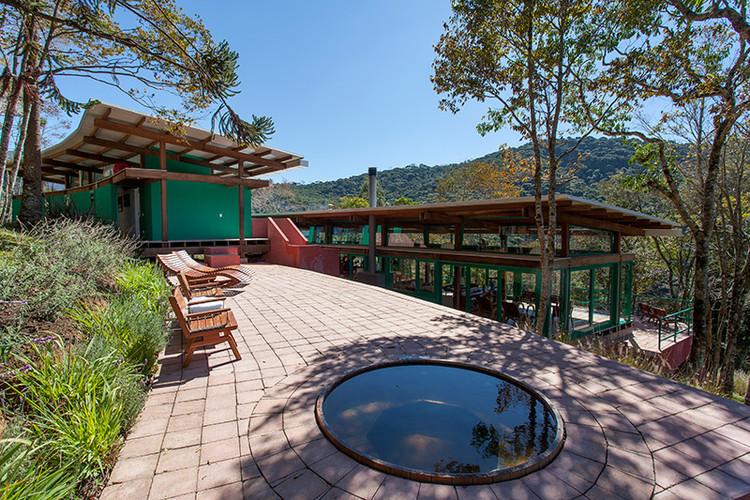Residência em Gonçalves / André Vainer Arquitetos, © Tuca Reines
