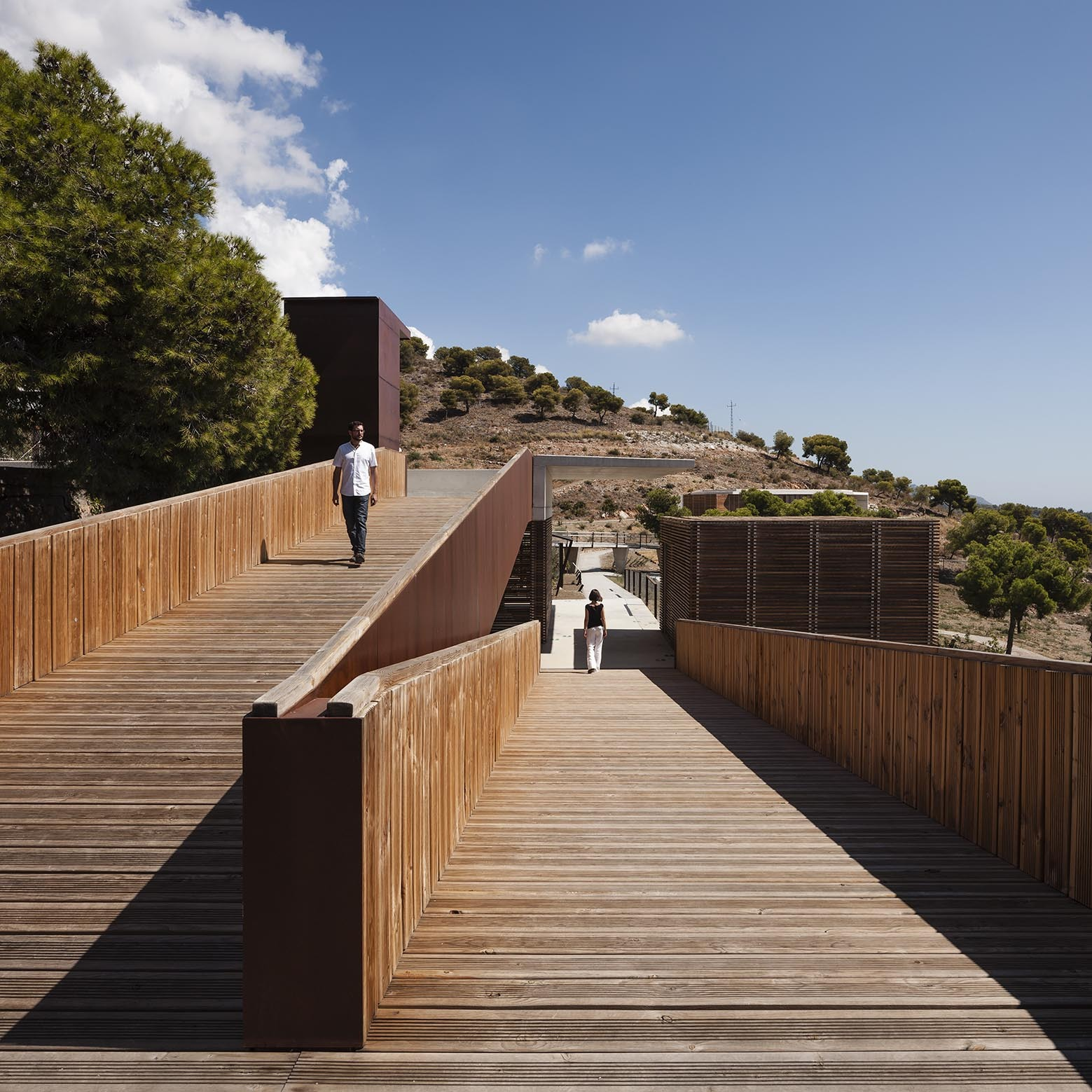 Arquitectura: Botanical Garden In Nerja / ISMO Arquitectura