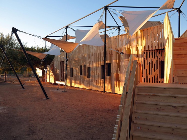 Centro comunitario Pumanque / The Scarcity and Creativity Studio, Cortesía de The Scarcity and Creativity Studio