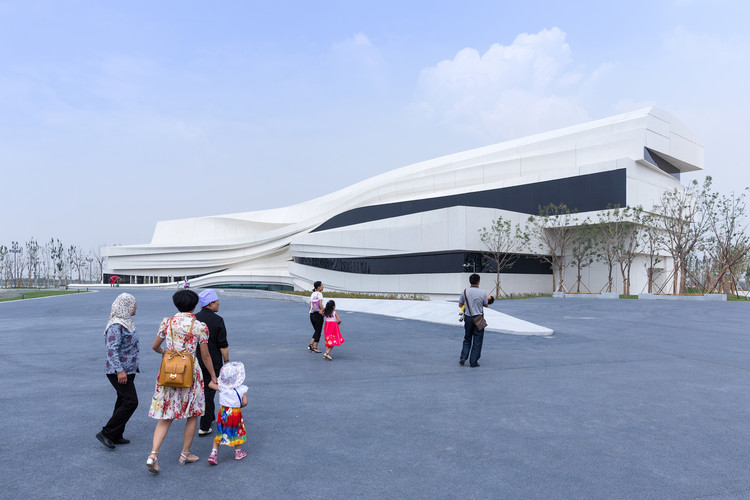 In Praise of the Glitch: WAA's Yinchuan Contemporary Art Museum, © Iwan Baan