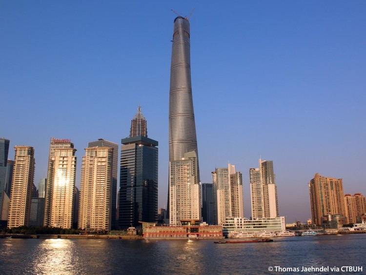 Shanghai Tower é concluída e se torna o segundo edifício mais alto do mundo, © Thomas Jaehndel via CTBUH