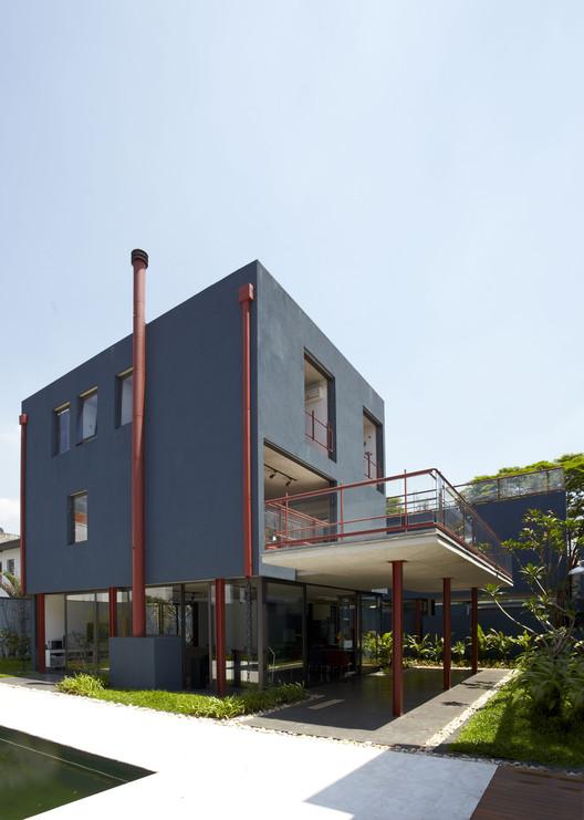 Casa en Jardim Lusitânia / André Vainer Arquitetos, © João Ribeiro