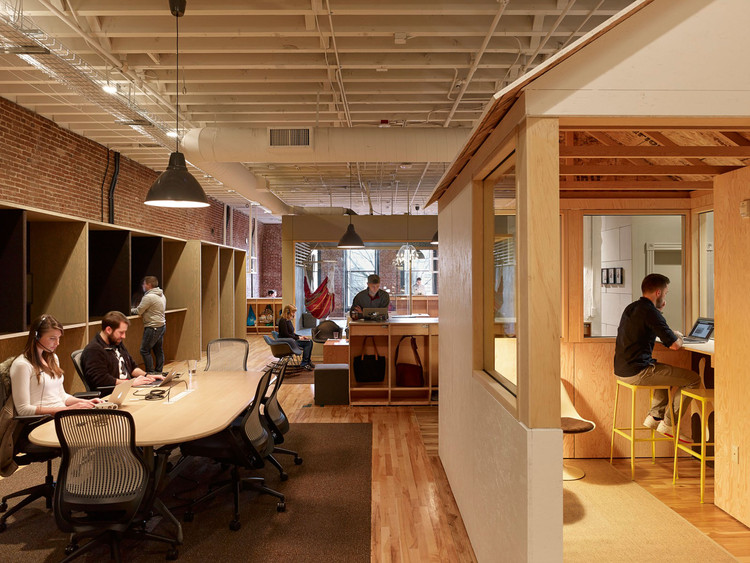 Airbnb Cx Hub Bora Architects Archdaily