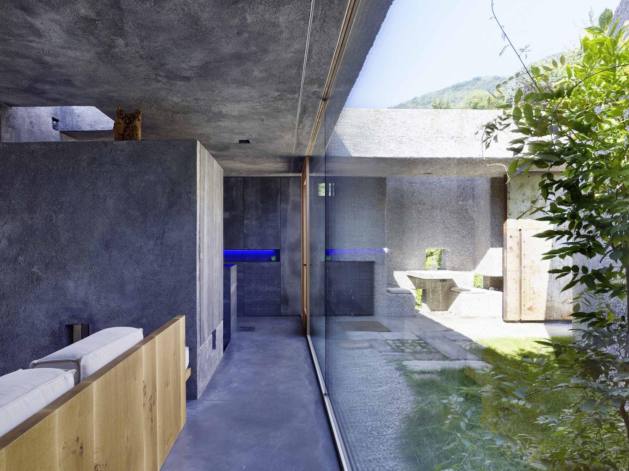 Gallery Of Concrete House In Caviano / Wespi De Meuron