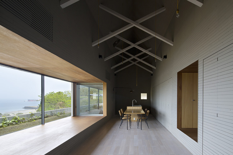 House in Kiirenakamyo / Suppose Design Office, Courtesy of Suppose Design Office