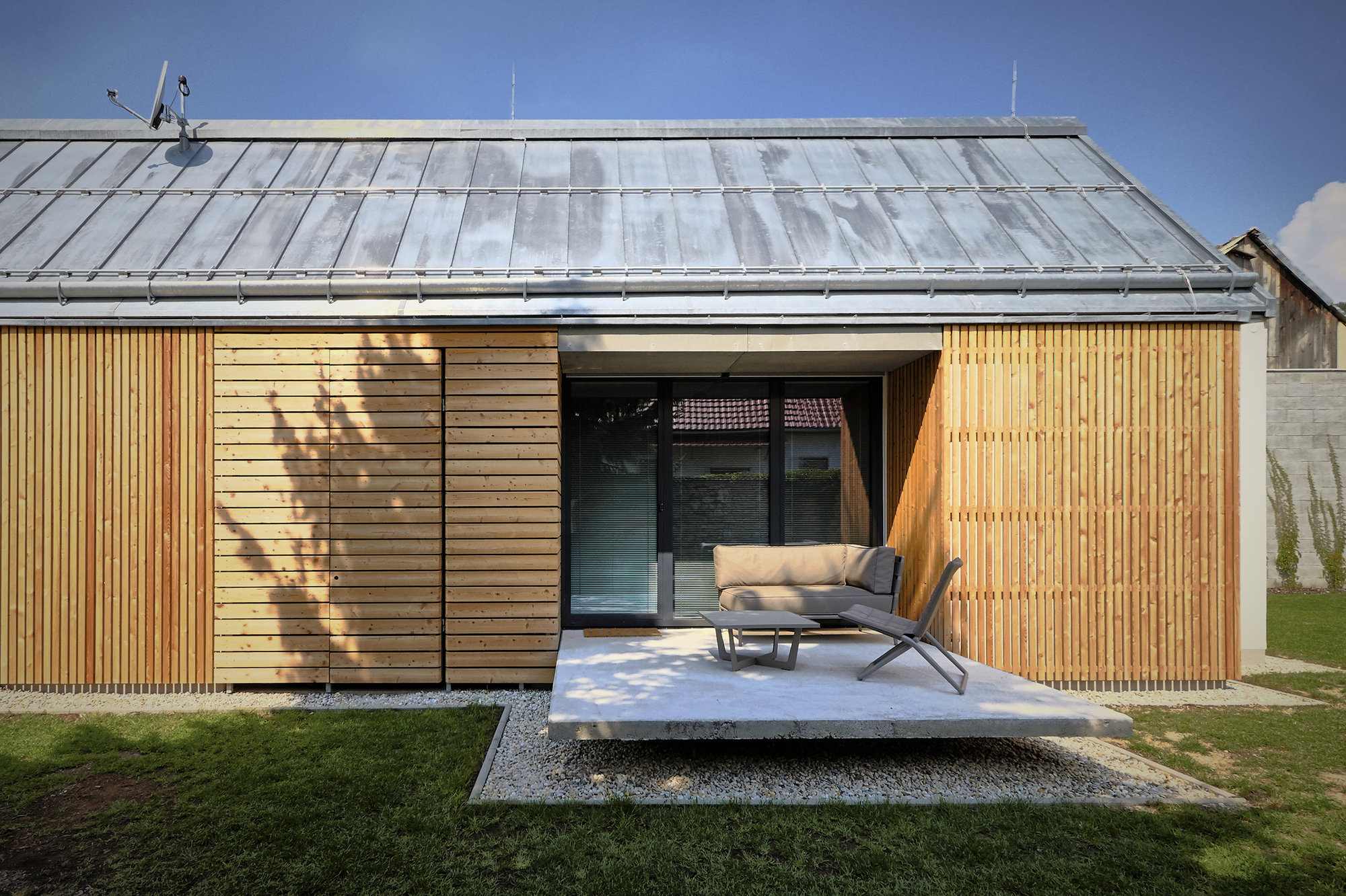 Wooden brick house jaro krobot archdaily Brick and wood house