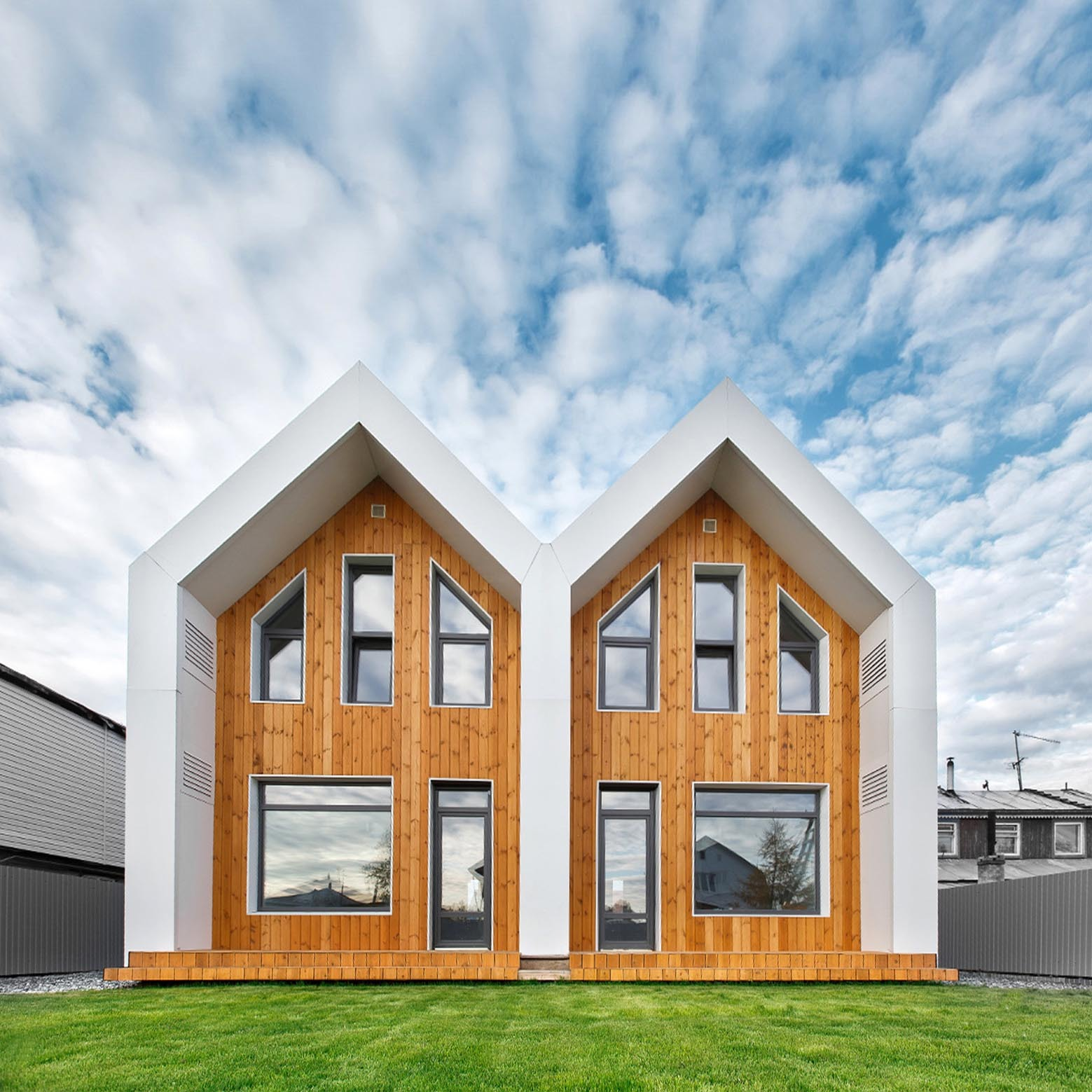 Double House / Bokarev Architects | ArchDaily