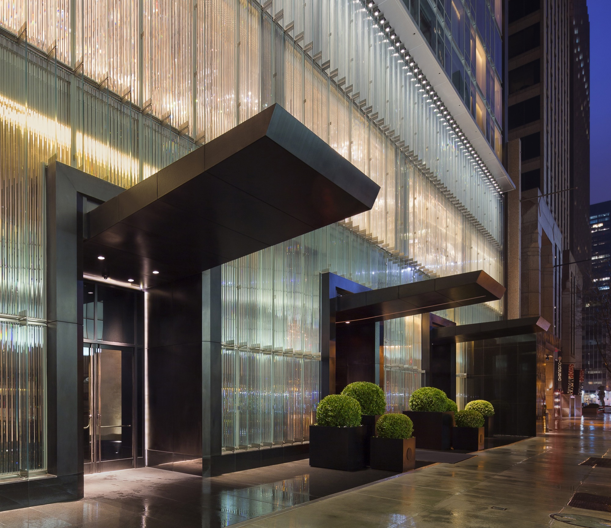 Gallery of baccarat hotel residences som 13 for Hotel entrance decor