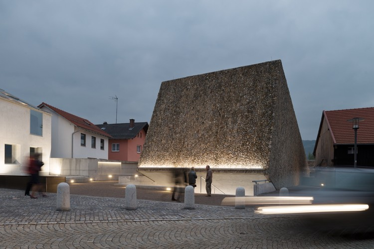 Sala de conciertos Blaibach / peter haimerl.architektur, © NAARO