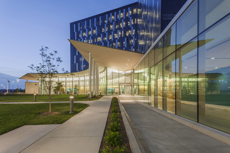 Cerner Continuous Campus / Gould Evans | ArchDaily