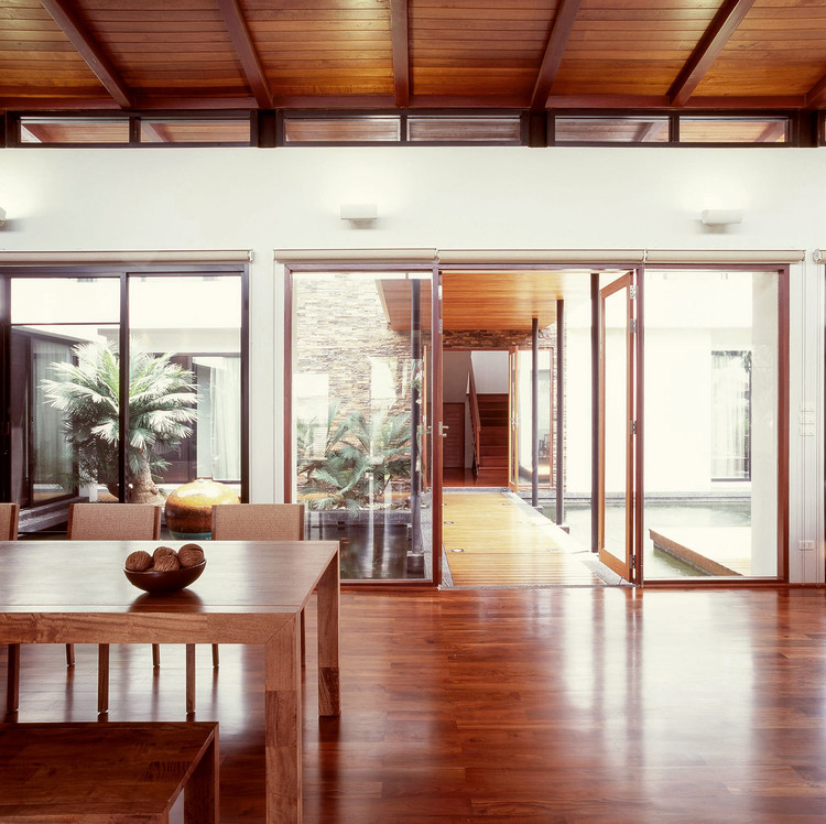 Architect And Design nature house / junsekino architect and design | archdaily