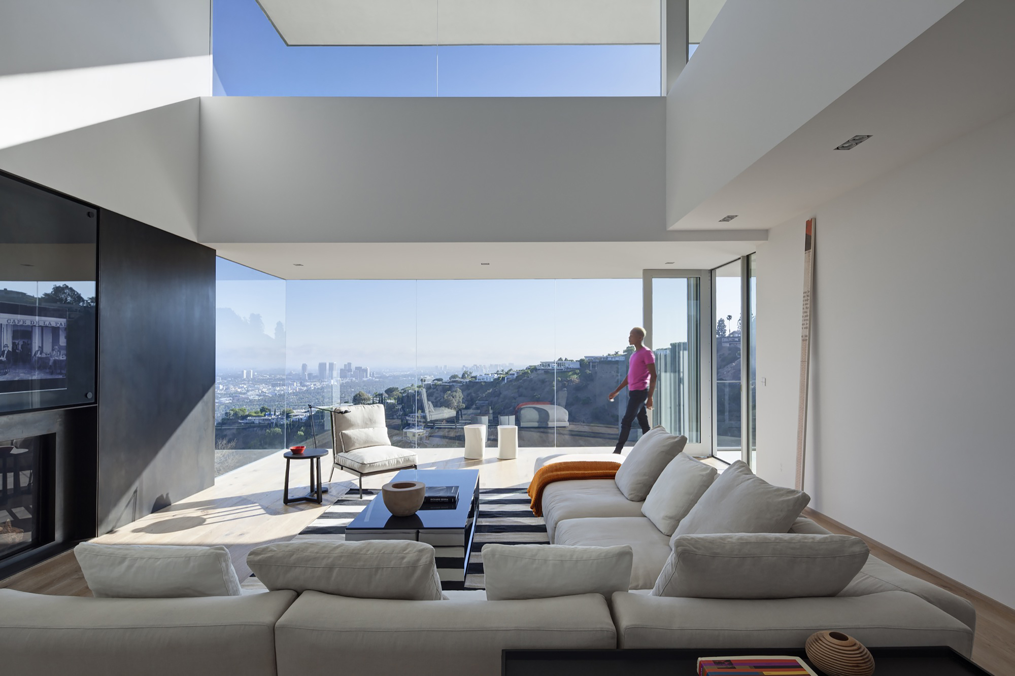 Sunset plaza drive gwdesign archdaily