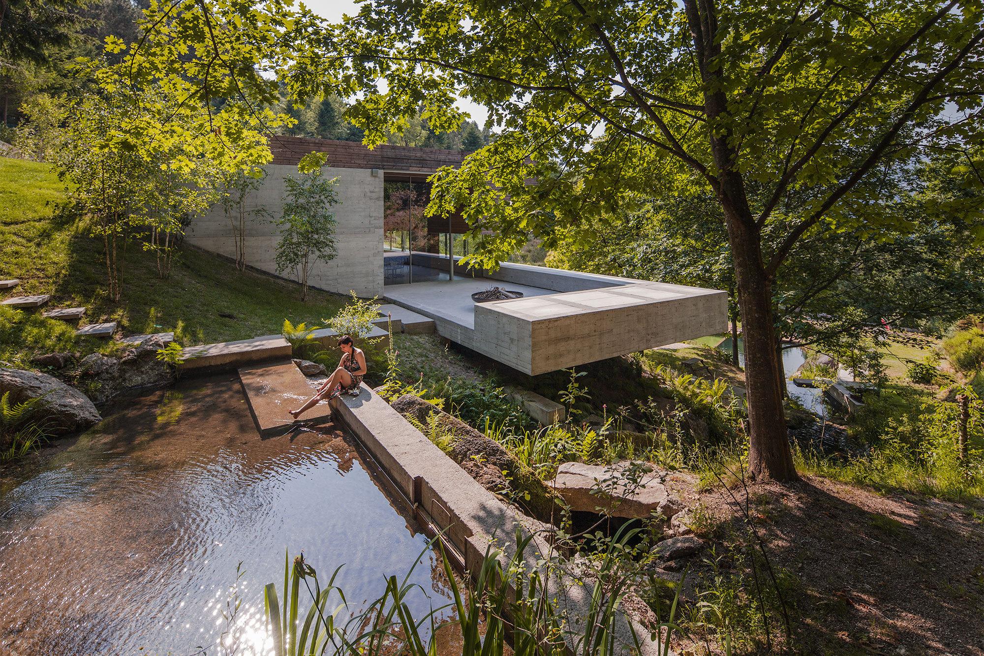 Gerês House / Carvalho Araújo