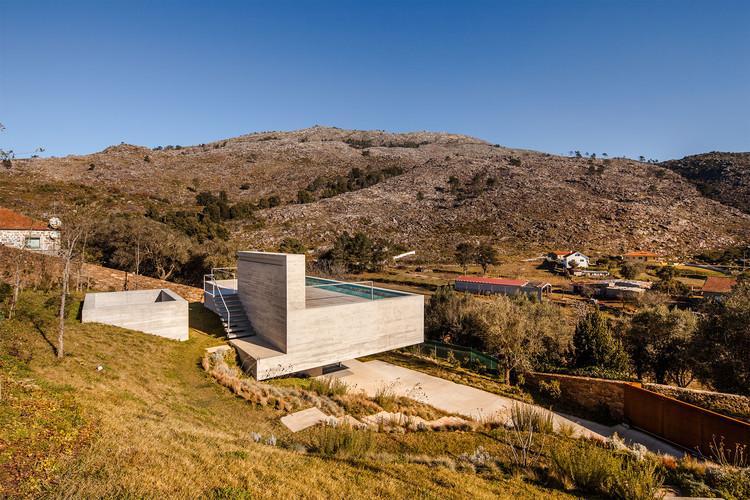 Refugio en Montaria / Carvalho Araújo, © Hugo Carvalho Araújo
