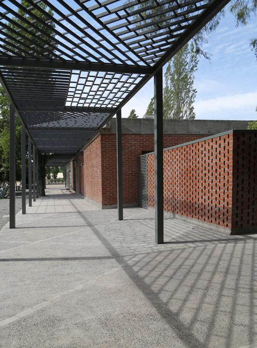 Fire training camp bmrg arquitectos archdaily - Arquitectos lorca ...