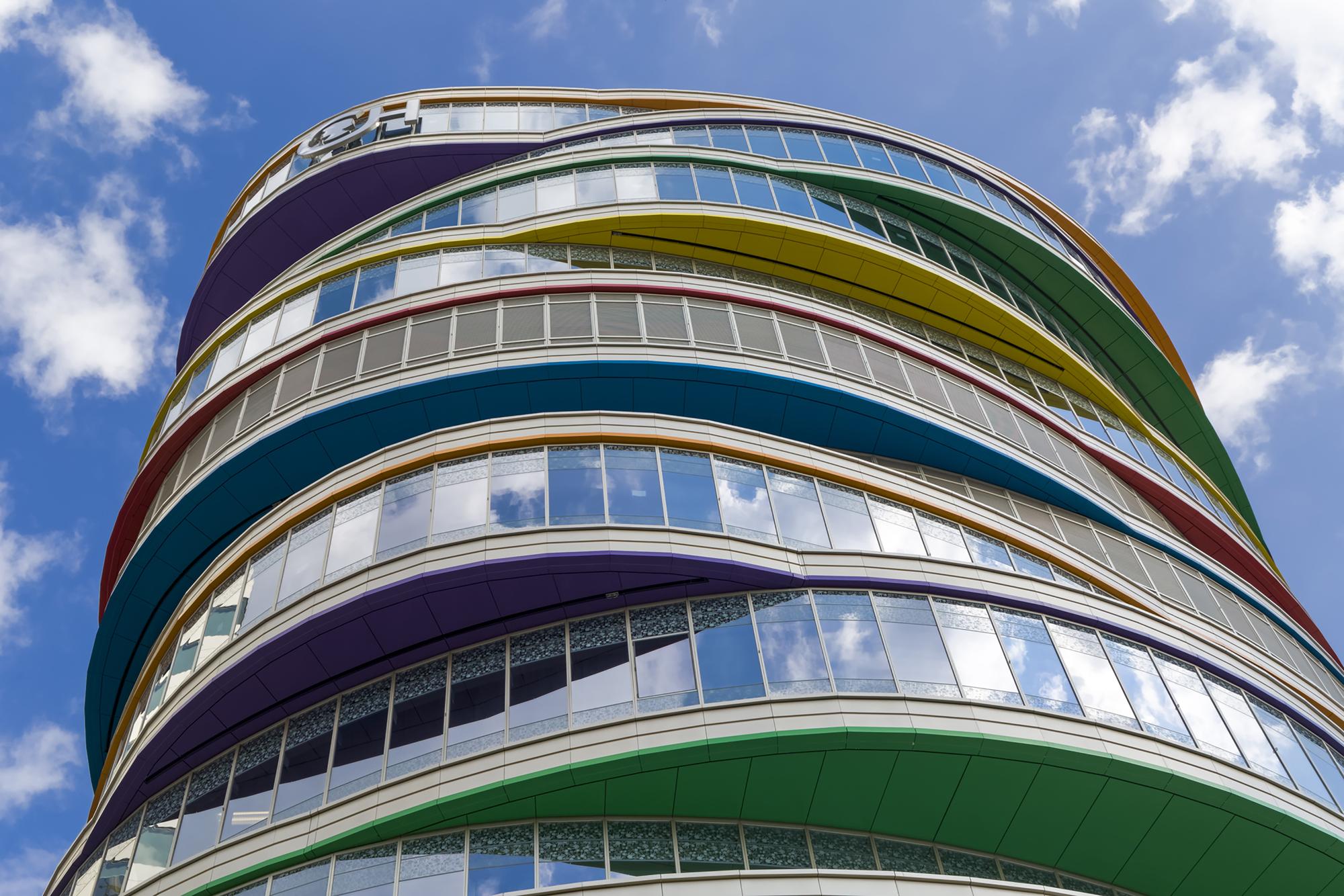 Gallery of Buerger Center for Advanced Pediatric Care / Pelli Clarke Pelli Architects - 9