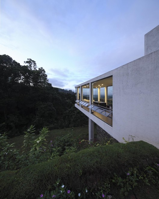 Casa Flutuante / KWA Architects, © Eresh Weerasuriya