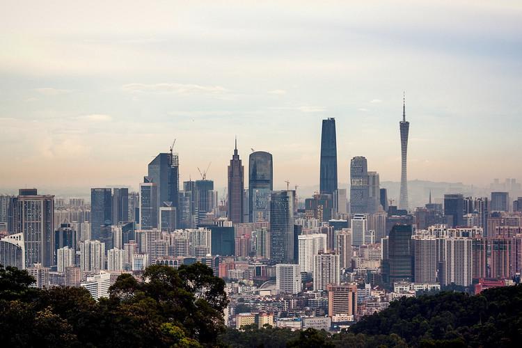 Zaha Hadid y Martin Knight compiten con oficinas chinas para diseñar puentes en Guangzhou, © Flickr CC User jo.sau