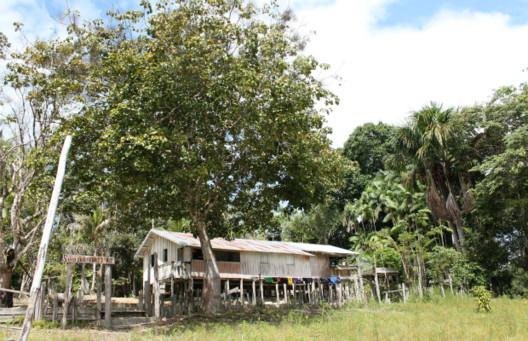 Arquitetura e paisagem ribeirinha na Amazônia, Edificação ribeirinha na Amazônia. Image via CAU/PA