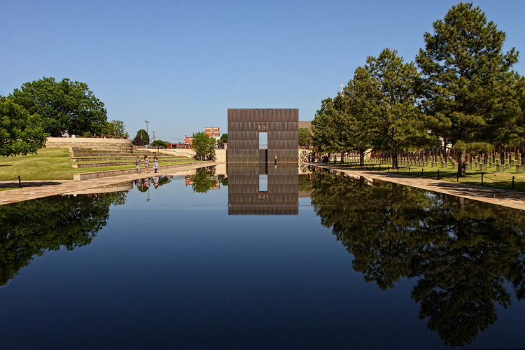 2016 AIA Thomas Jefferson Award Given to Hans Butzer, The Oklahoma City National Memorial by Hans Butzer. Image © Flickr CC User Leo Reynolds