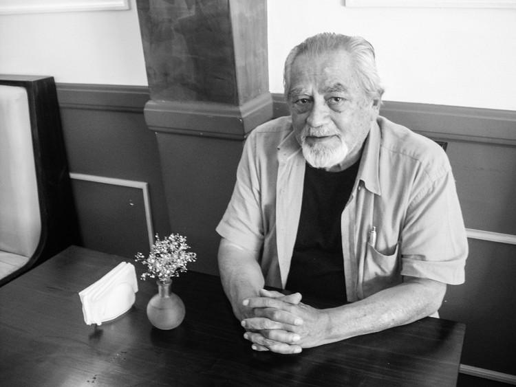 Jorge Burga Bartra: 'La arquitectura 'chicha' es la única esperanza para redimir la arquitectura vernacular', Arq. Jorge Burga Bartra. Image © Fabio Rodríguez
