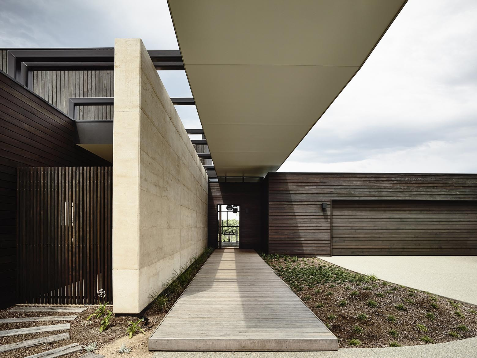 Architecture: Tranquility Beach House / Wolveridge Architects