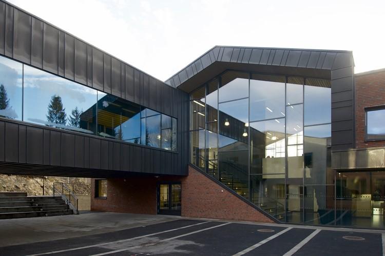 Escuela Sørli / Filter Arkitekter, © Nils Petter Dahle
