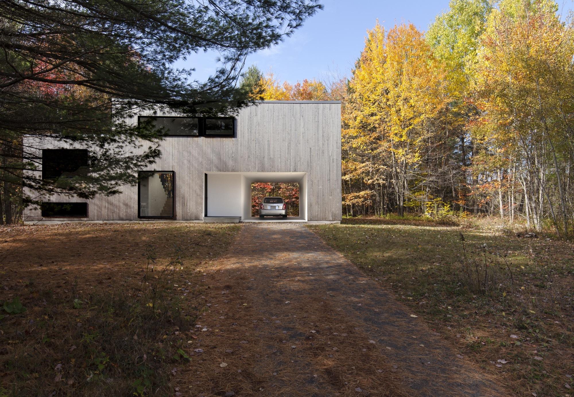 Gallery of maison terrebonne la shed architecture 16 for 7 a la maison torrent