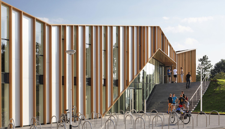 Centro Comunitário Het Anker / MoederscheimMoonen Architects, © Harry Noback & Maarten Sipma