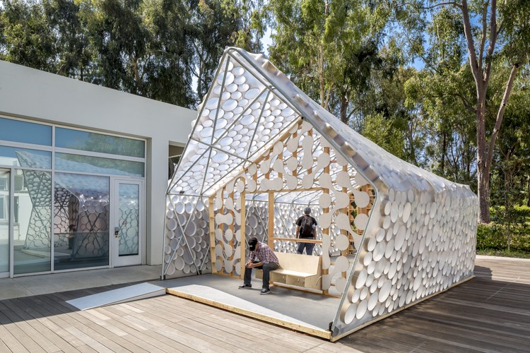 Backyard BI(h)OME / Kevin Daly Architects, © Nico Marques / Photekt