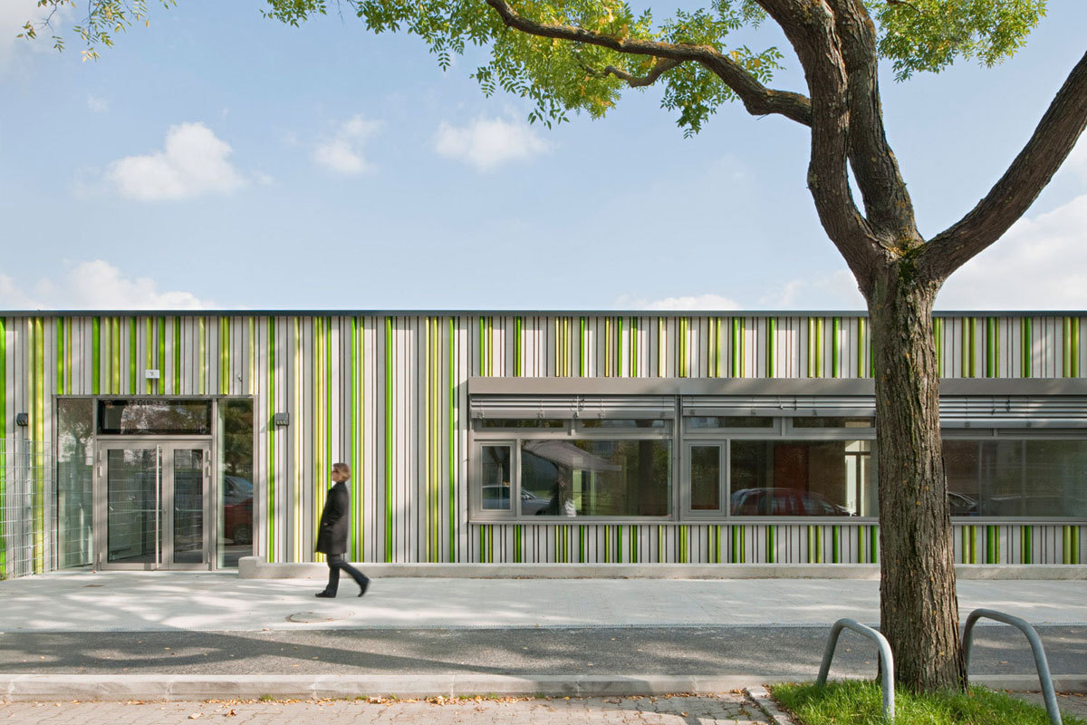 Elementary School Baslergasse KIRSCH Architecture ArchDaily - Schools architecture