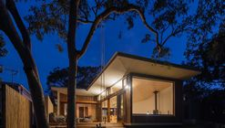 Blueys Beach House 4 / Bourne Blue Architecture
