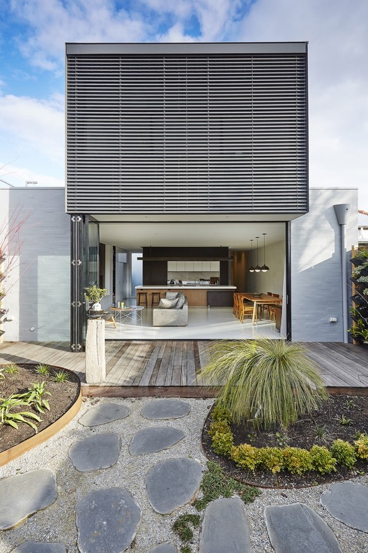 St Kilda East House / Taylor Knights