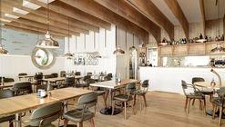 Restaurant Hafen  / Susanne Fritz Architekten