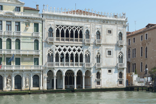 The Ca d'Oro from the Grand Canal. Image © Wolfgang Moroder