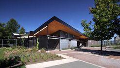 Golf Welcome Pavilion at Maisonneuve Park / Cardin Ramirez Julien